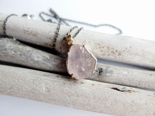 rožinis rūkas lede