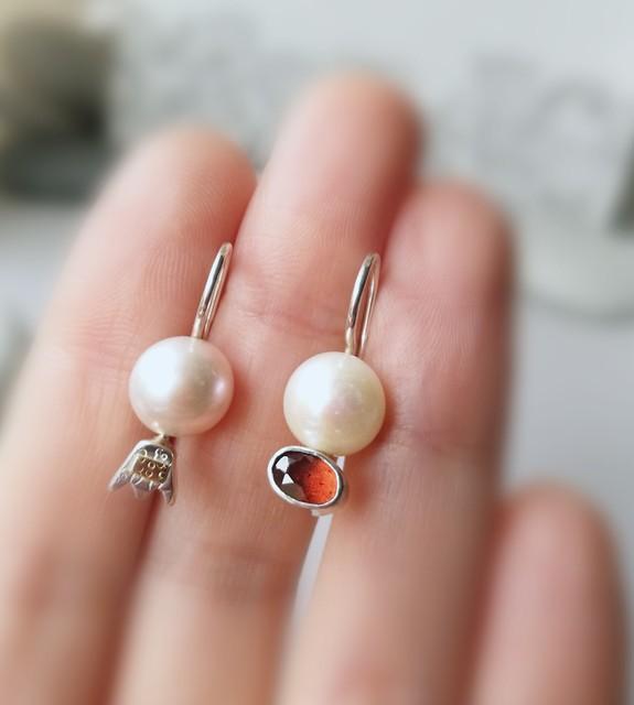 perlų istorijos: rausvoj pievoj